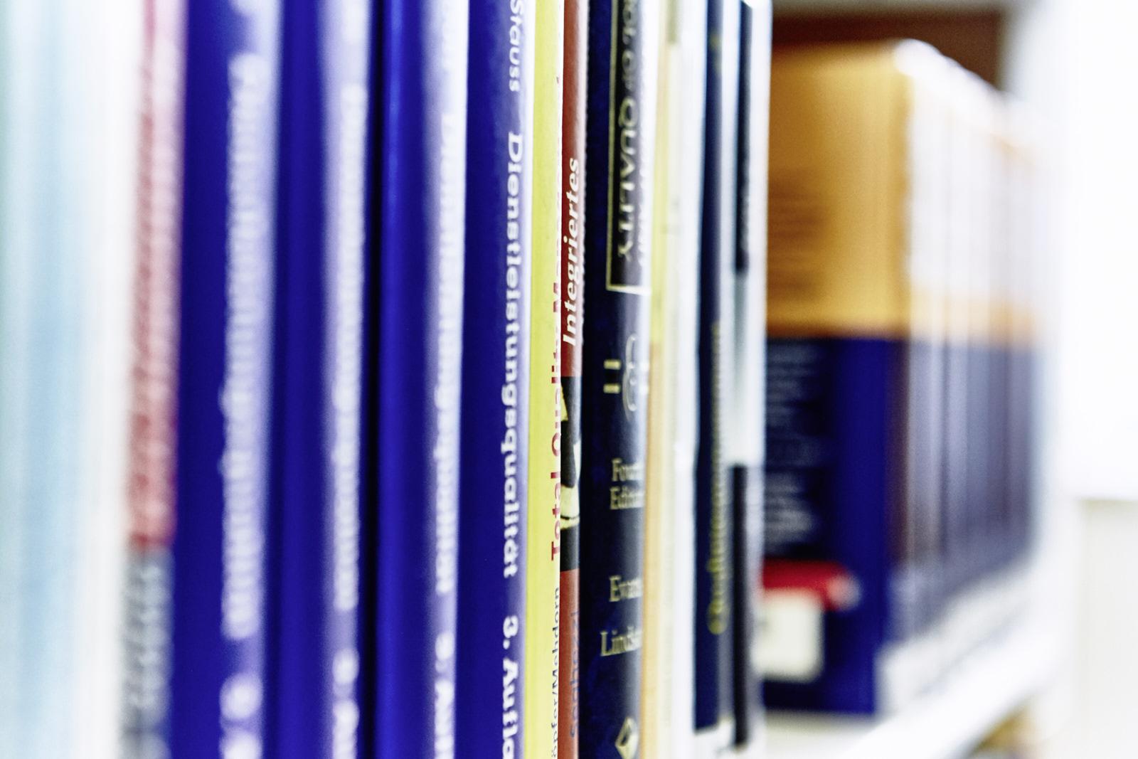 literatur duales studium brandenburg. Black Bedroom Furniture Sets. Home Design Ideas